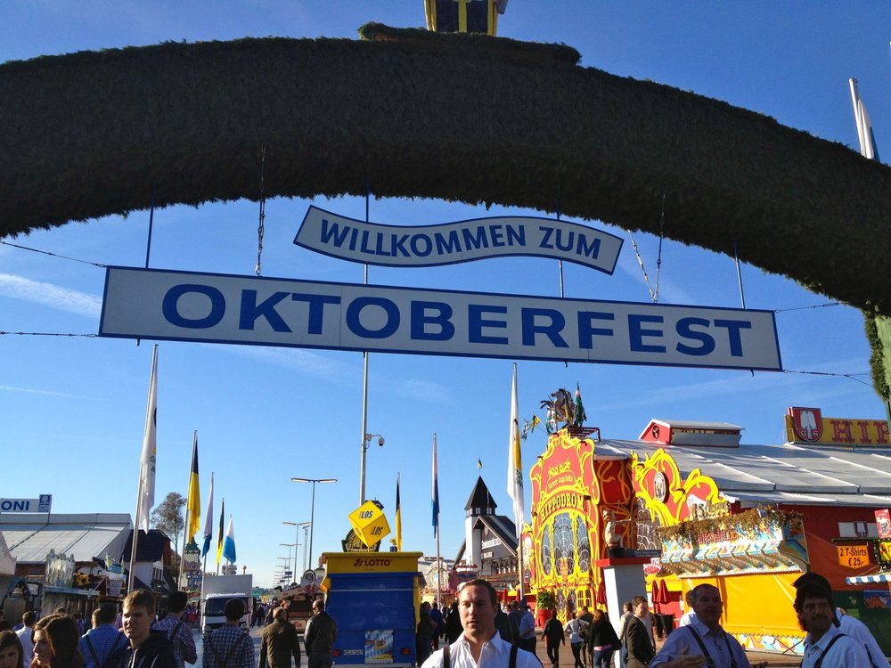 Willkommen Zum OKTOBERFEST 2018!